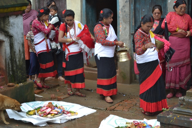 Women Bringing Their Offerings To The gods