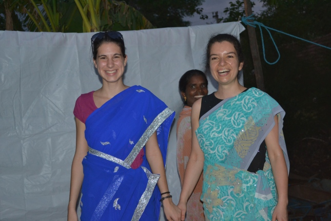 Deby and Michaela wearing a Sari for the 1st time